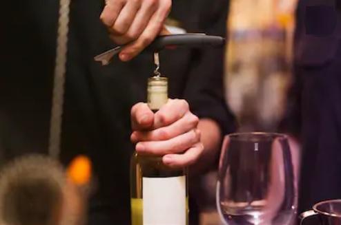 Améliorer le goût du vin et l'ouverture